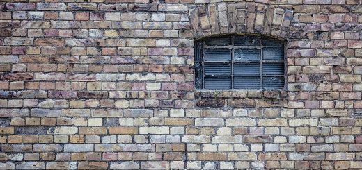 fenêtre en pierre
